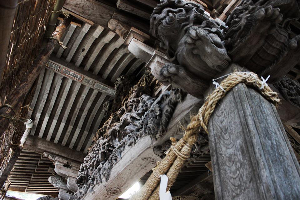 在りし日の光景を現在に。村上・藤基神社の「青銅大燈籠復元 ...